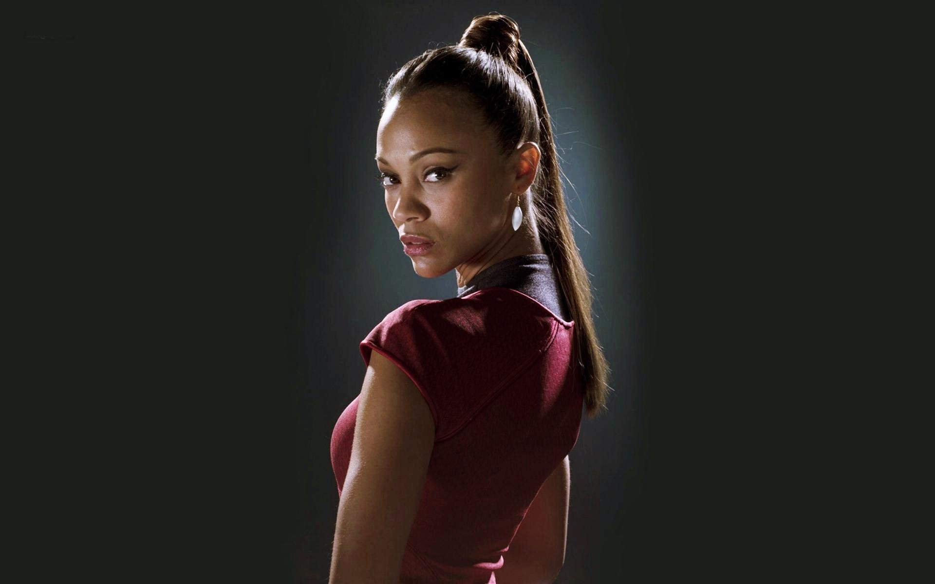 Movie - Star Trek  Zoe Saldana Wallpaper
