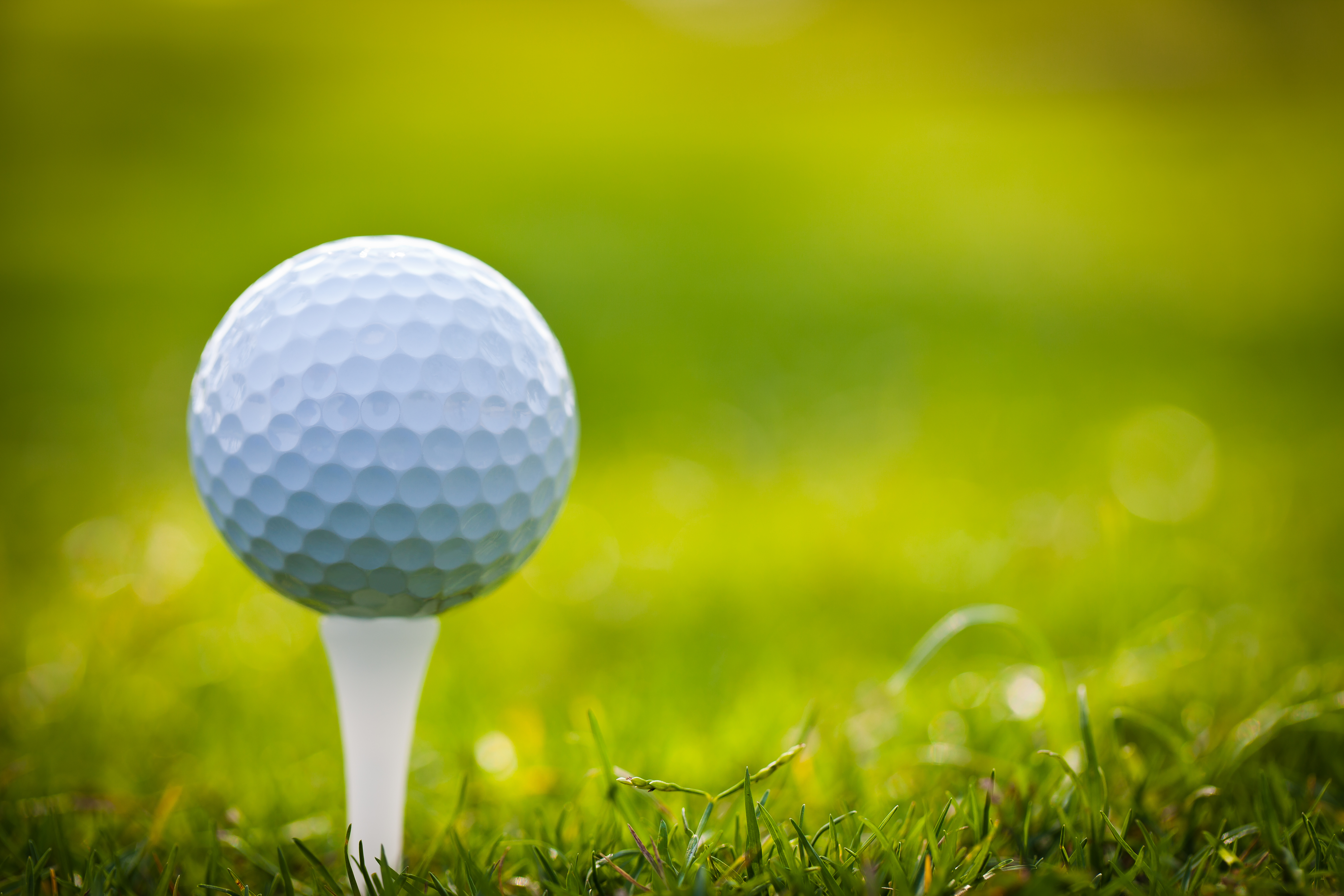 17 Golf Ball HD Wallpapers