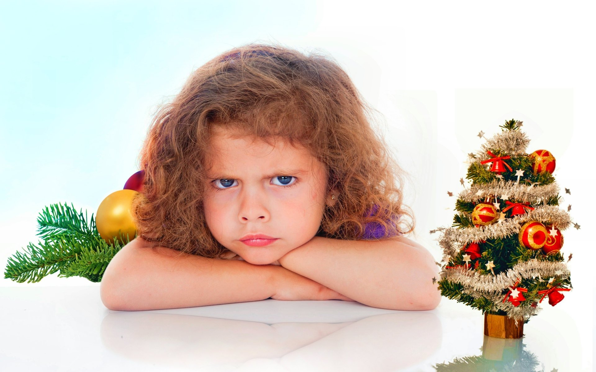 Holiday - Christmas  Colorful Child Wallpaper