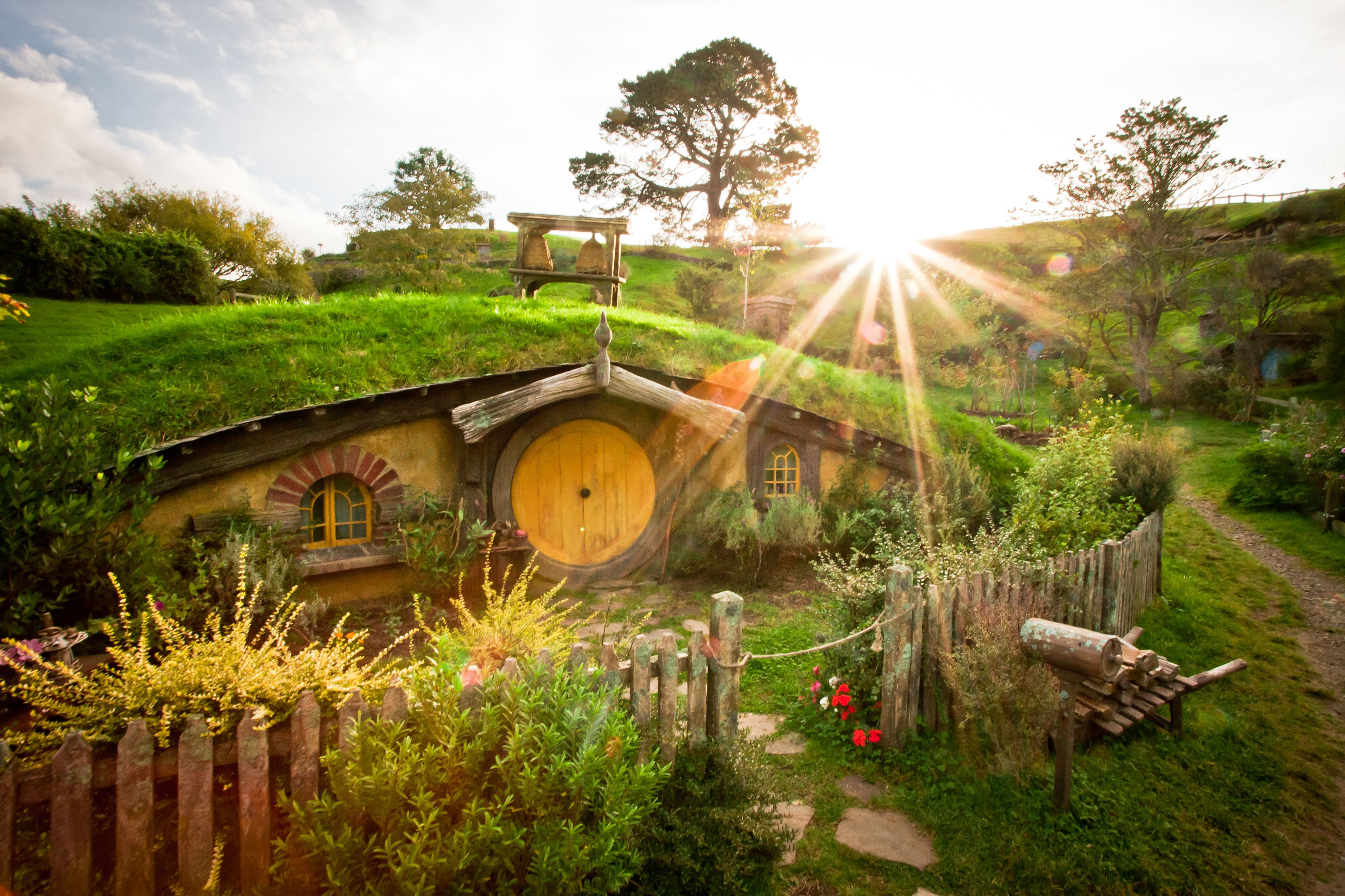 Home of adventures hobbiton 4k ultra hd wallpaper and for Wallpaper of home