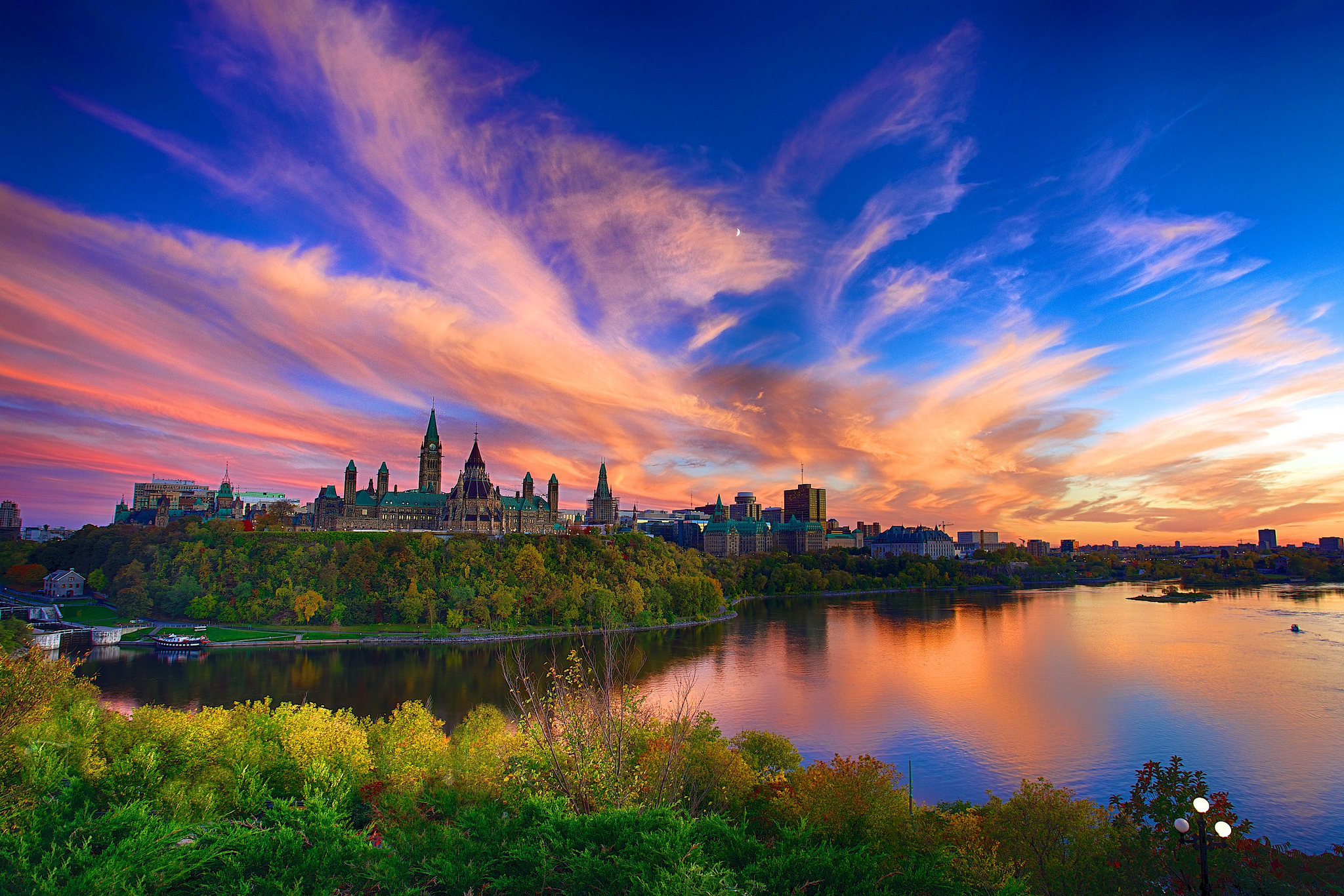 Sunset over parliament hill in canada hd wallpaper for Immagini hd desktop
