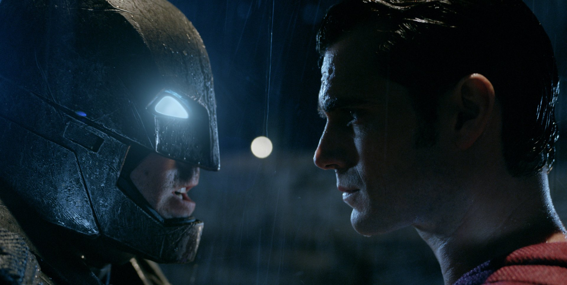 Movie - Batman v Superman: Dawn of Justice  Batman Superman Henry Cavill Wallpaper