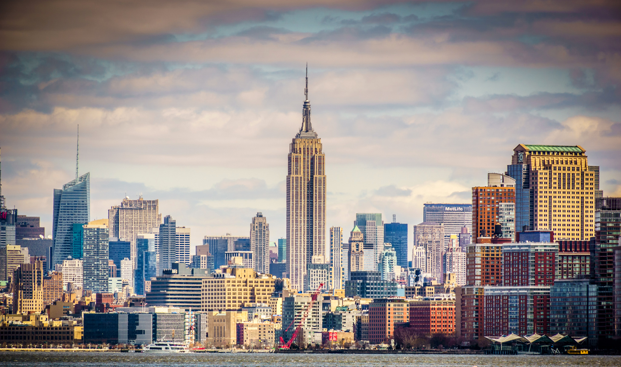 Empire State Building HD Wallpaper