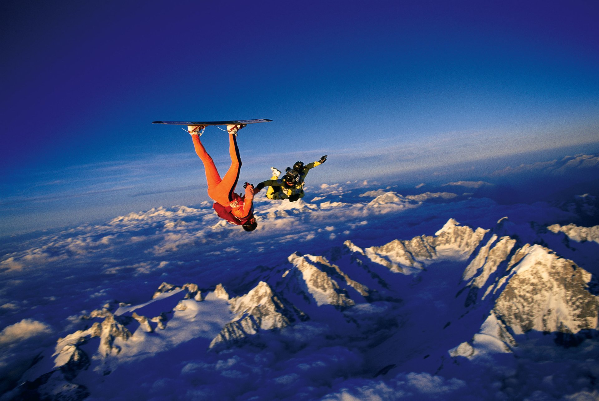 Sports - Skydiving  Parachuting Mountain Horizon Wallpaper