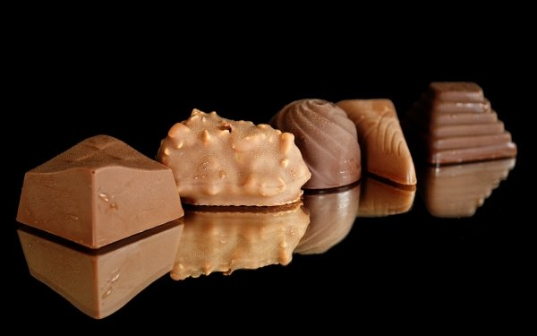 Food Chocolate Reflection Sweets Dessert HD Wallpaper | Background Image