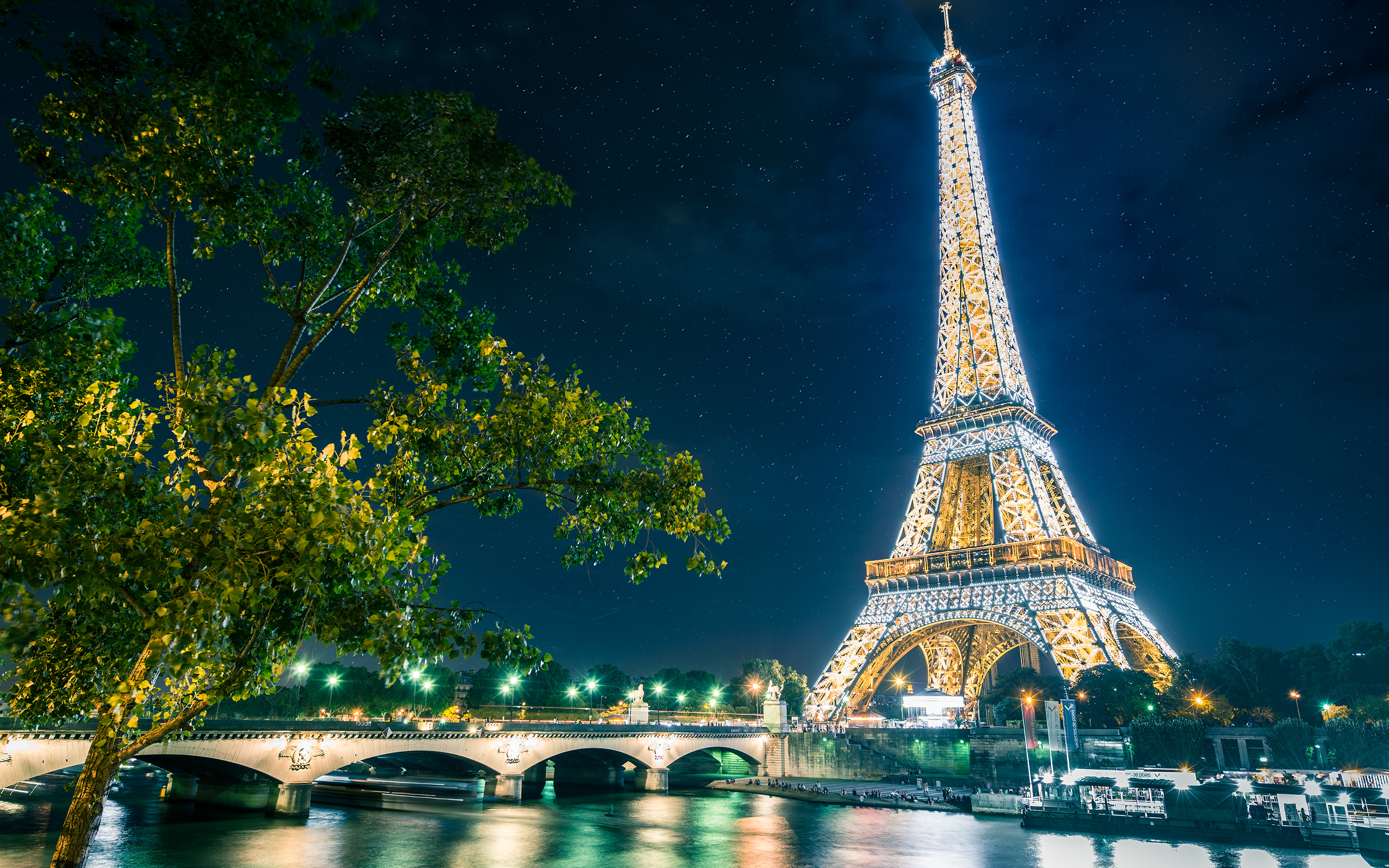 Eiffel Tower At Night Hd Wallpaper Background Image 2880x1800
