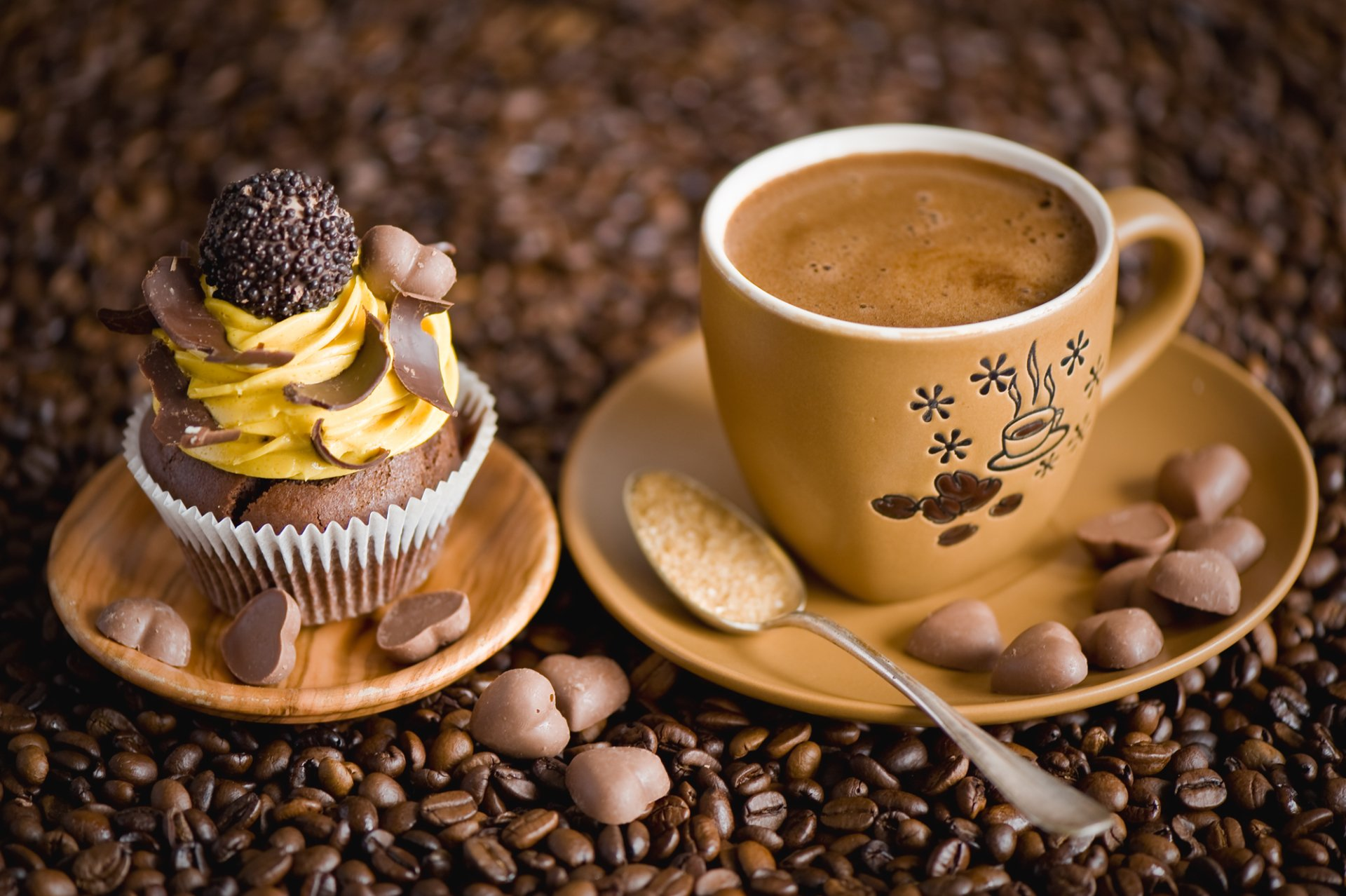 Food - Coffee  Coffee Beans Cup Cupcake Pastry Wallpaper
