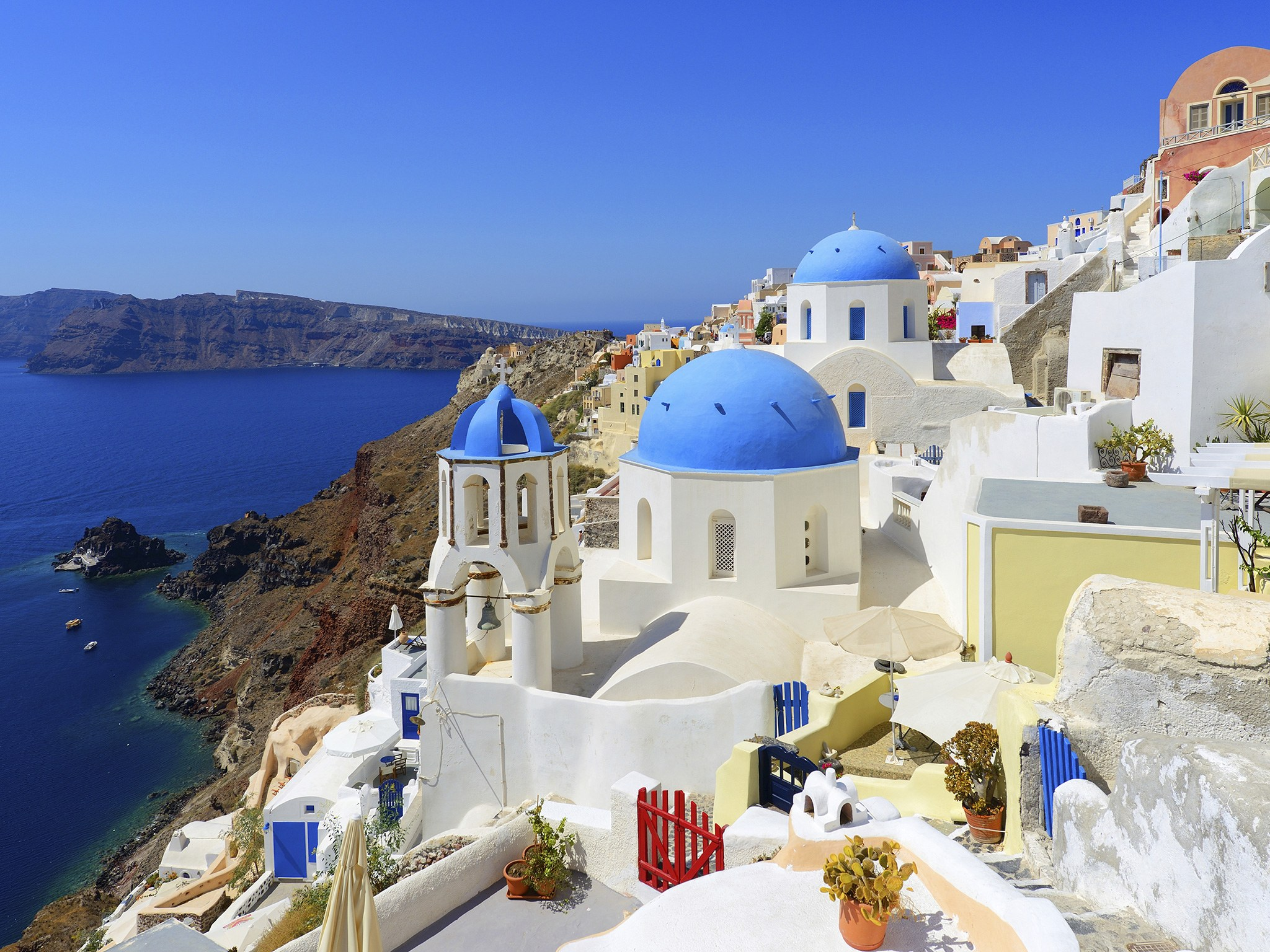 Idyllic village Oia on Santorini island, Greece Full HD ...