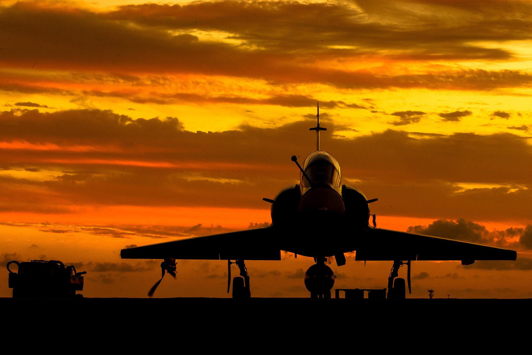 Dassault Mirage 2000 Fond D Ecran Hd Arriere Plan 2048x1365 Id 714752 Wallpaper Abyss