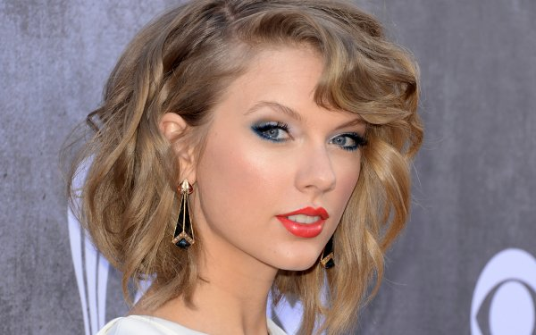 Music Taylor Swift Singers United States Singer American Blonde Blue Eyes Lipstick Earrings Face HD Wallpaper | Background Image