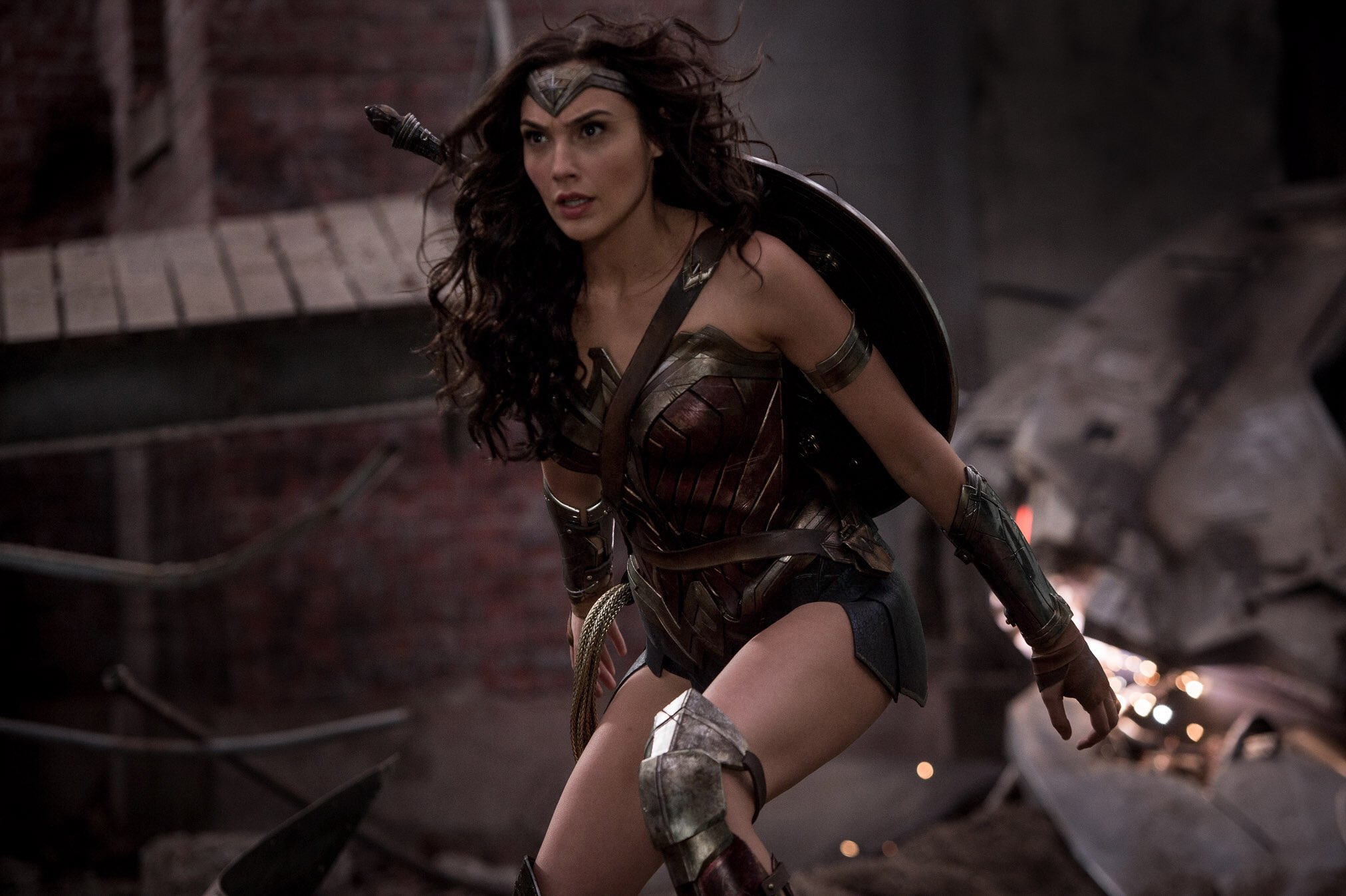 751 Wonder Woman Hd Wallpapers Background Images Wallpaper Abyss