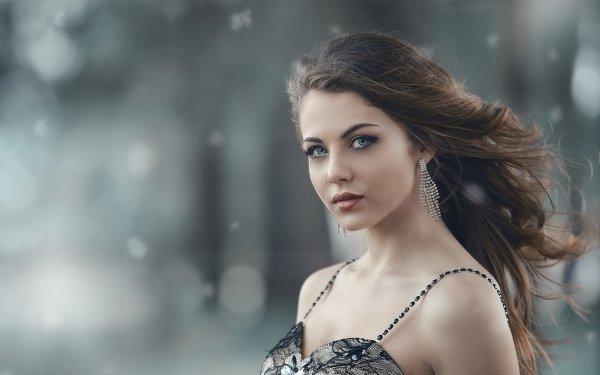Frauen Modell Models Brünette Earrings HD Wallpaper | Hintergrund