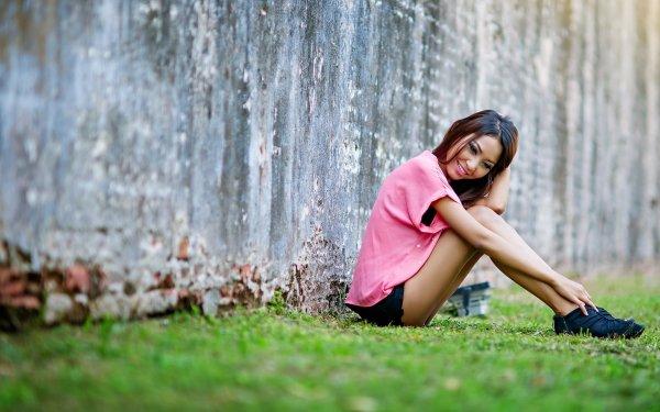 Frauen Asiatinnen Woman Brünette Stimmung Smile Outdoor Modell HD Wallpaper | Hintergrund