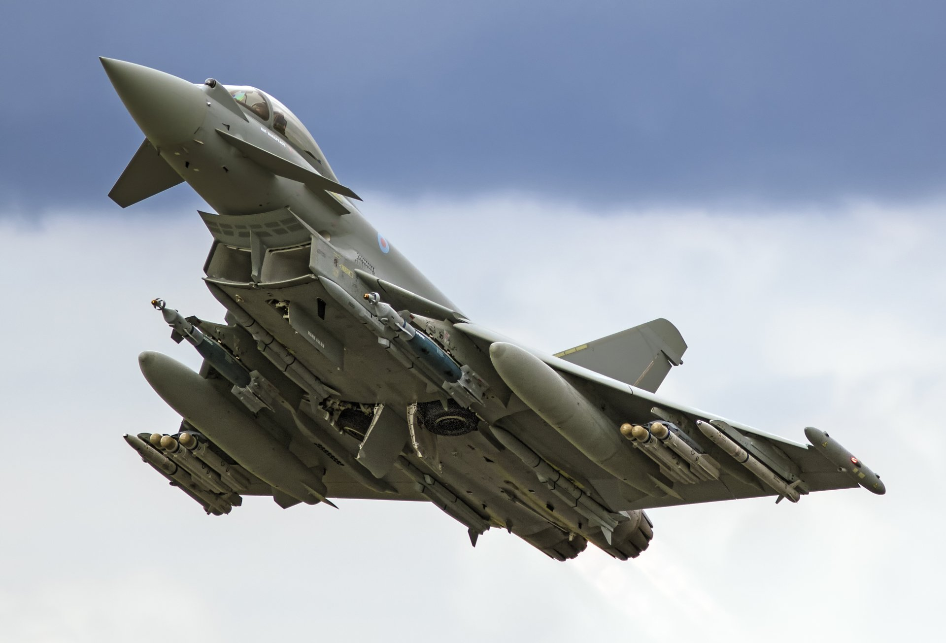 Military - Eurofighter Typhoon  Jet Fighter Aircraft Warplane Wallpaper