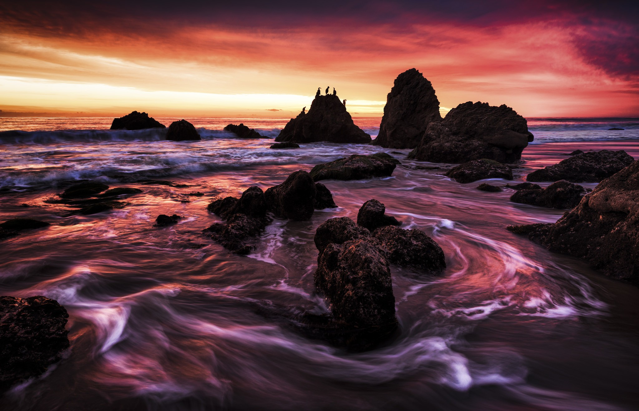 Beach Rocks Hd Wallpaper Background Image 2048x1319 Id