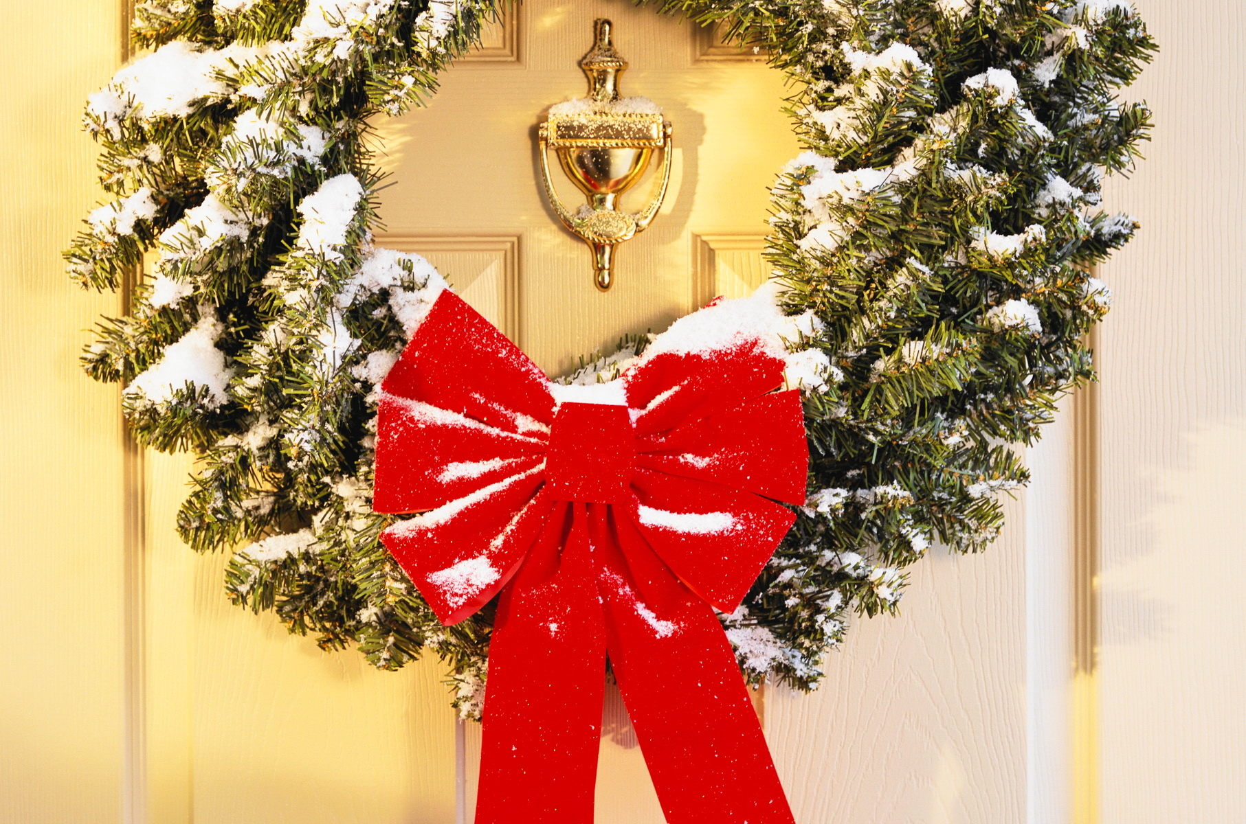 Christmas Wreath Wallpaper and Background Image ...