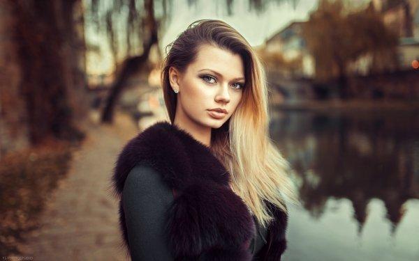 Women Model Models Blonde Hazel Eyes Depth Of Field HD Wallpaper | Background Image