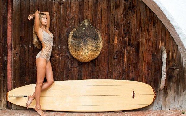 Celebrity Gigi Hadid Models United States Surfboard Blonde Model HD Wallpaper   Background Image