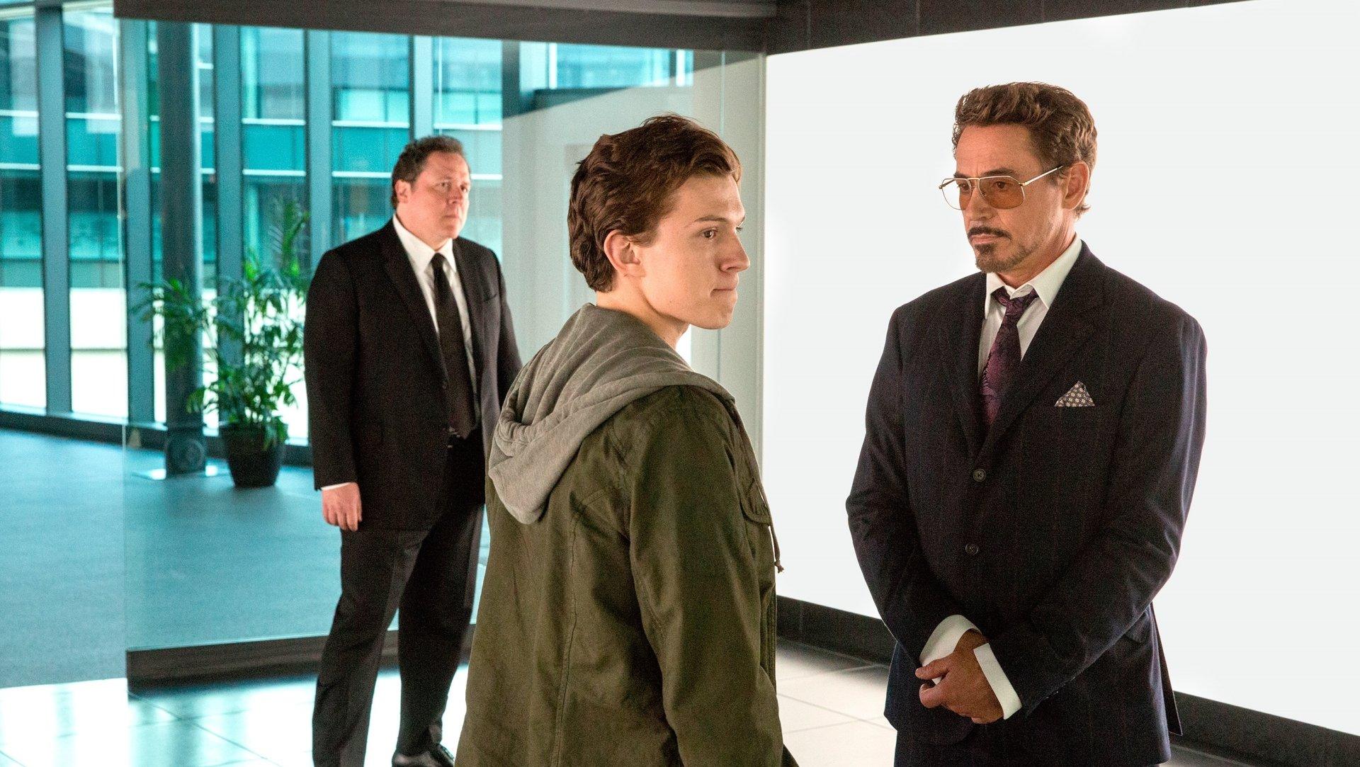 电影 - 蜘蛛侠:英雄归来  Peter Parker Tony Stark Tom Holland Robert Downey Jr. 壁纸