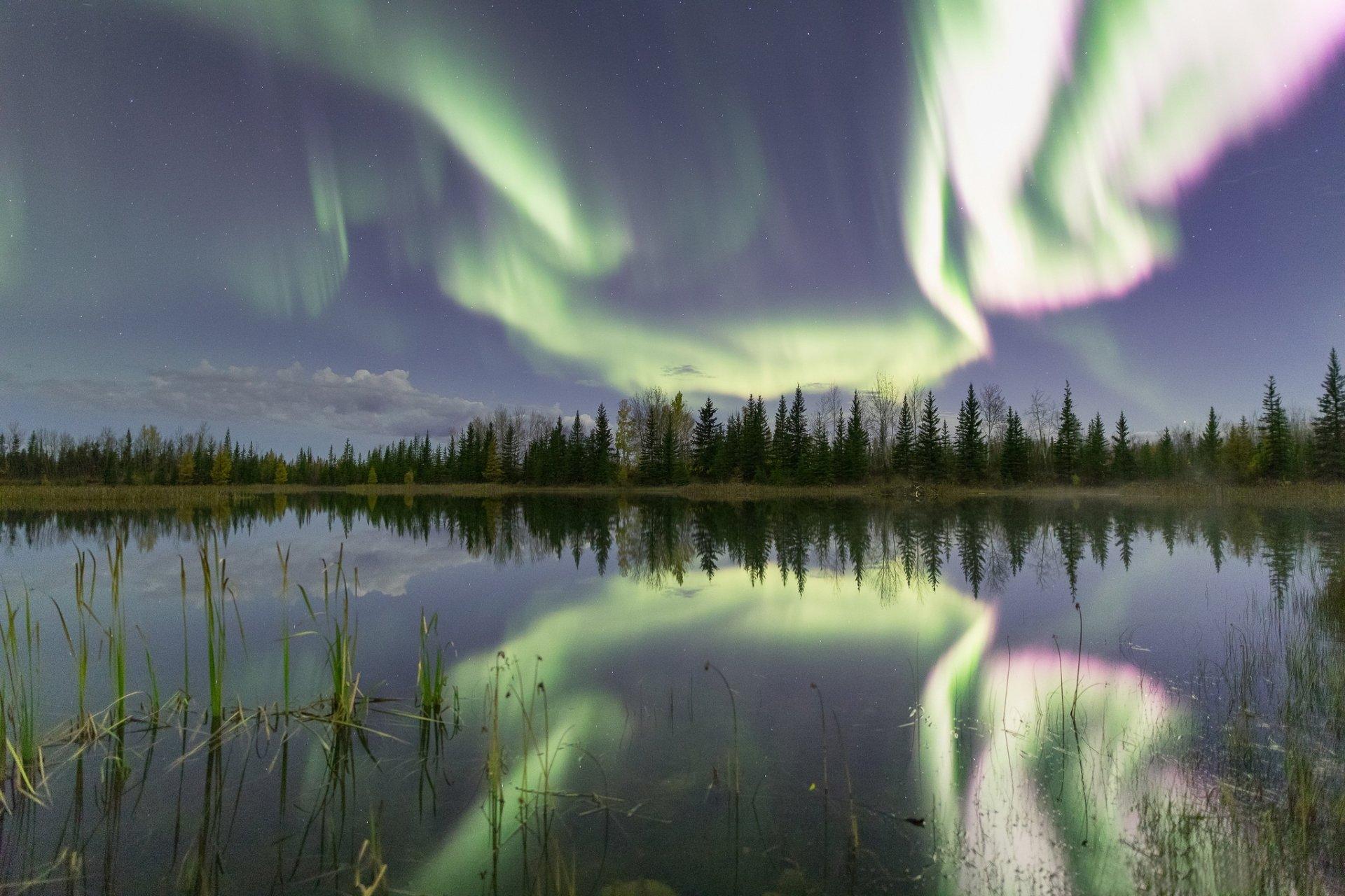 Earth - Aurora Borealis  Nature Lake Reflection Sky Light Wallpaper