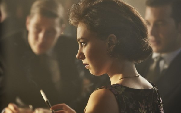 TV Show The Crown Princess Margaret Vanessa Kirby HD Wallpaper | Background Image