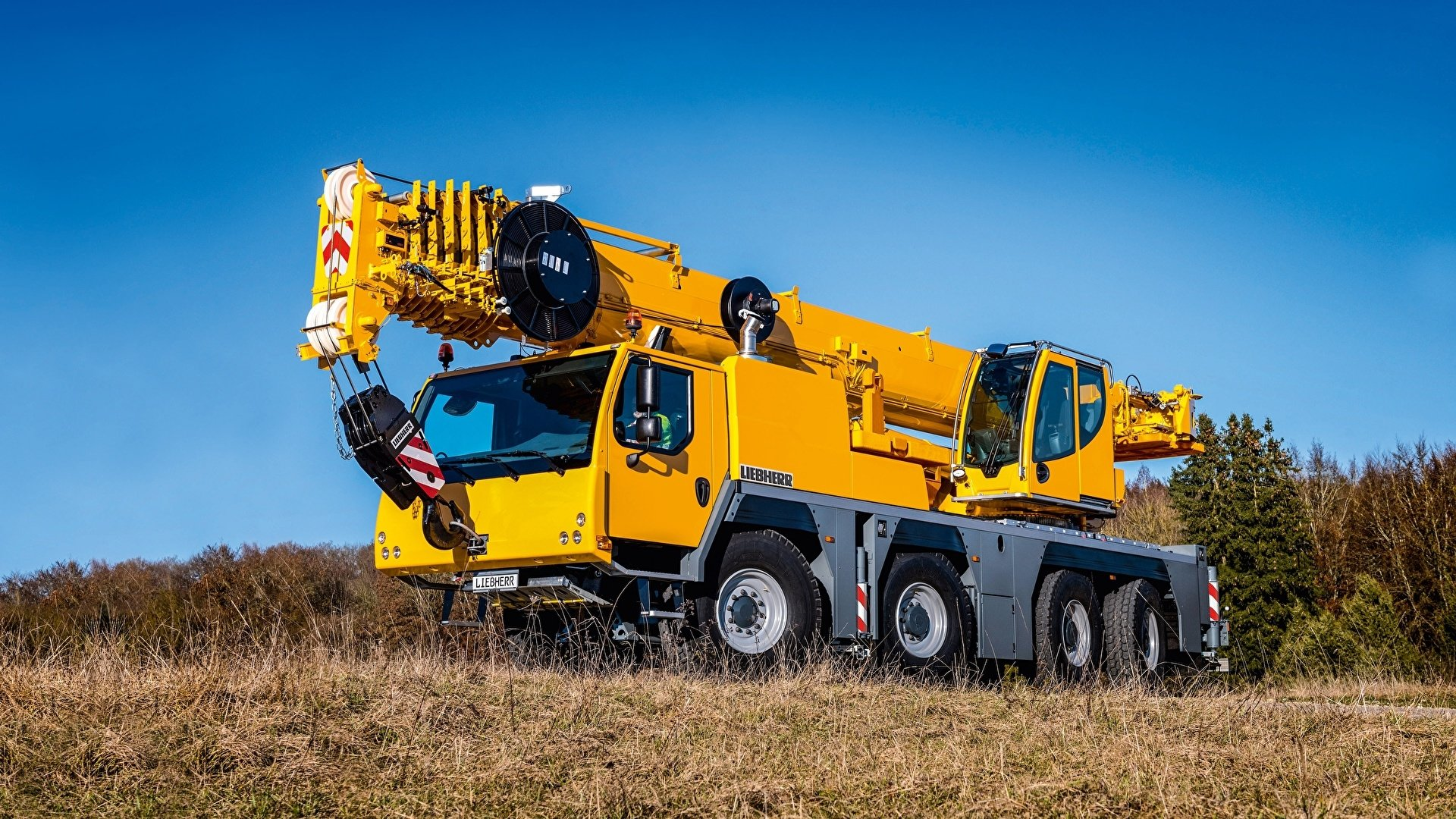Vehicles - Liebherr  Construction Vehicle Crane Wallpaper