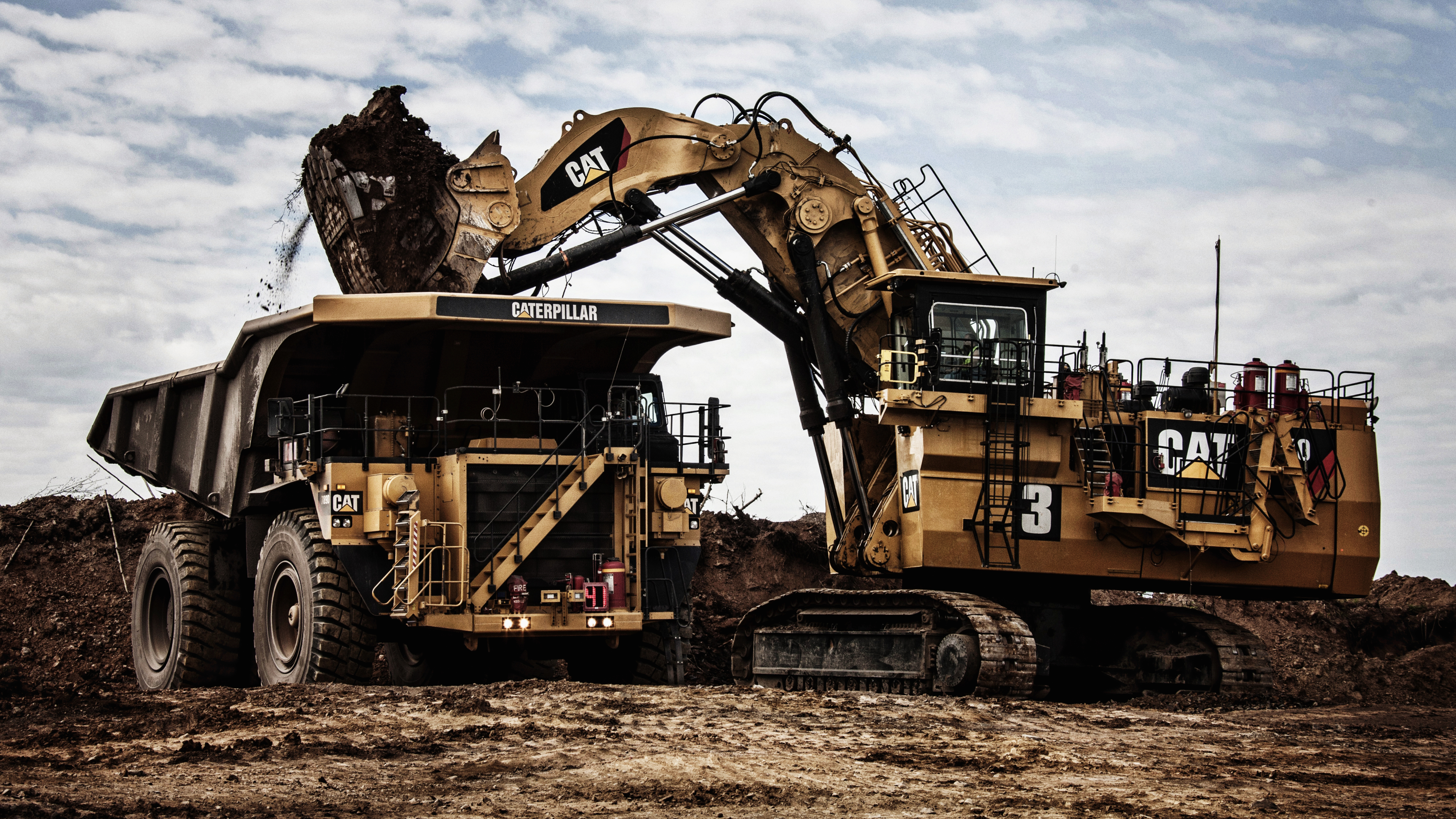 Caterpillar 789D Dump Truck & Caterpillar Excavator 4k Ultra HD Wallpaper | Background Image ...