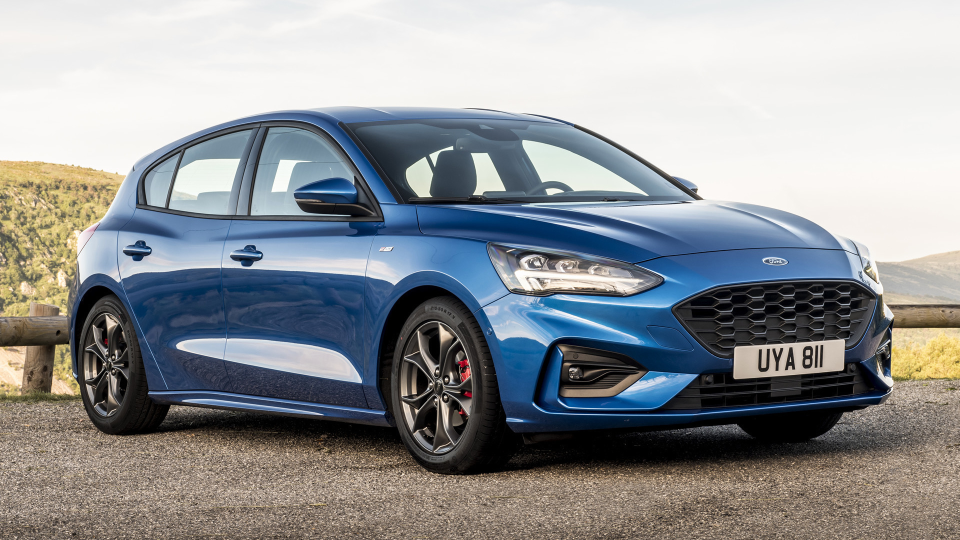 2018 Ford Focus St Line Hd Wallpaper Background Image