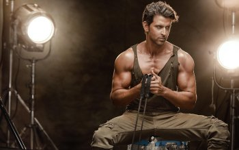 9 Hrithik Roshan Hd Wallpapers Background Images