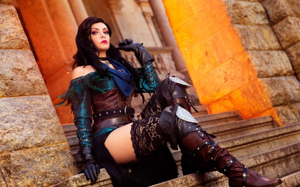 Women Cosplay Yennefer of Vengerberg The Witcher Glove Collar Boots Thigh Highs HD Wallpaper | Background Image