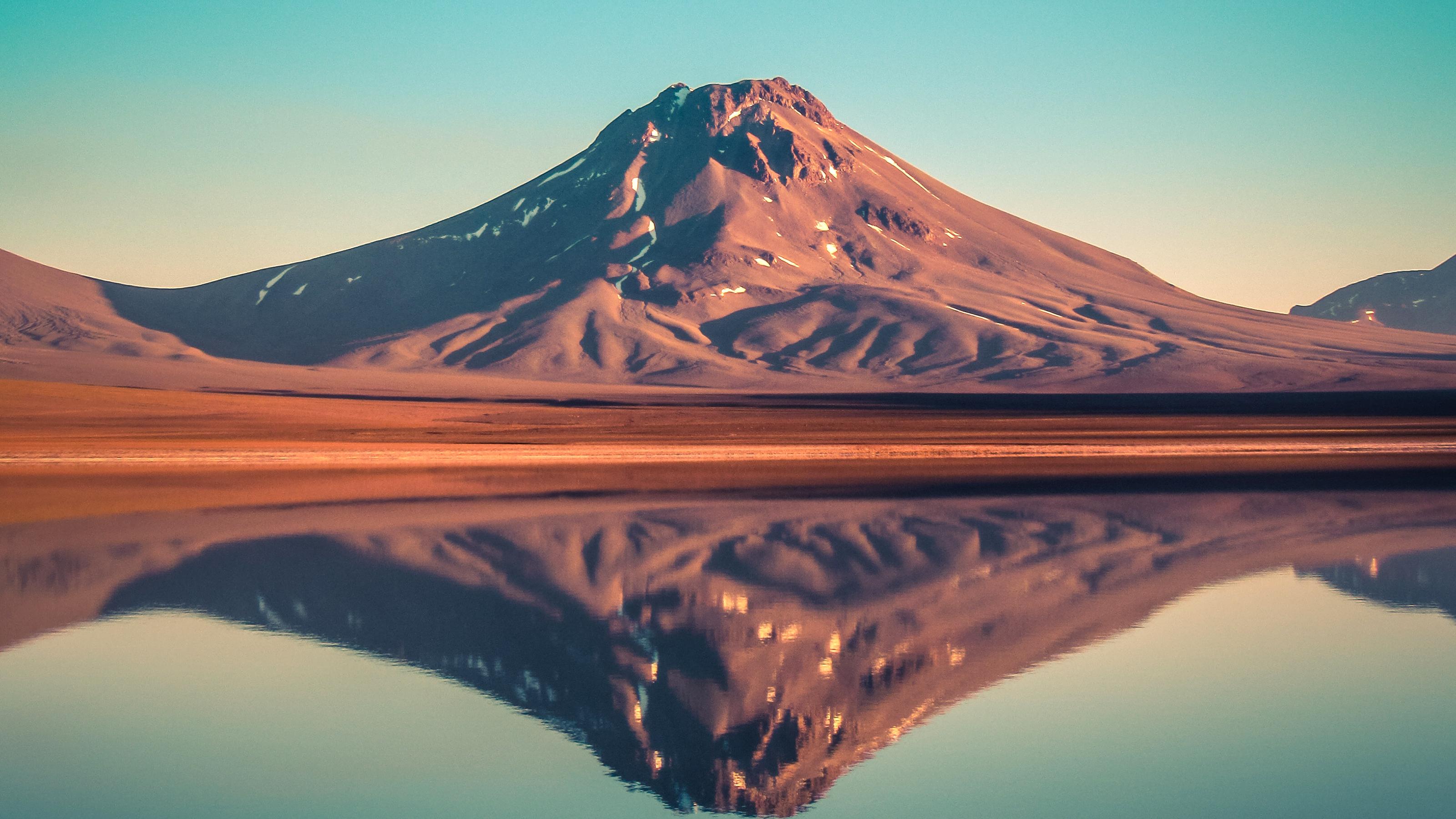 Laguna Lejía, San Pedro De Atacama, Chile Fondo De
